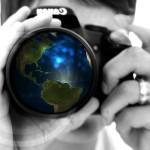 persona con cámara de fotos